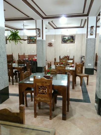 رستوران سنتی کلبه
